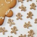 Vintage Noel Confetti - Wooden - Gingerbread